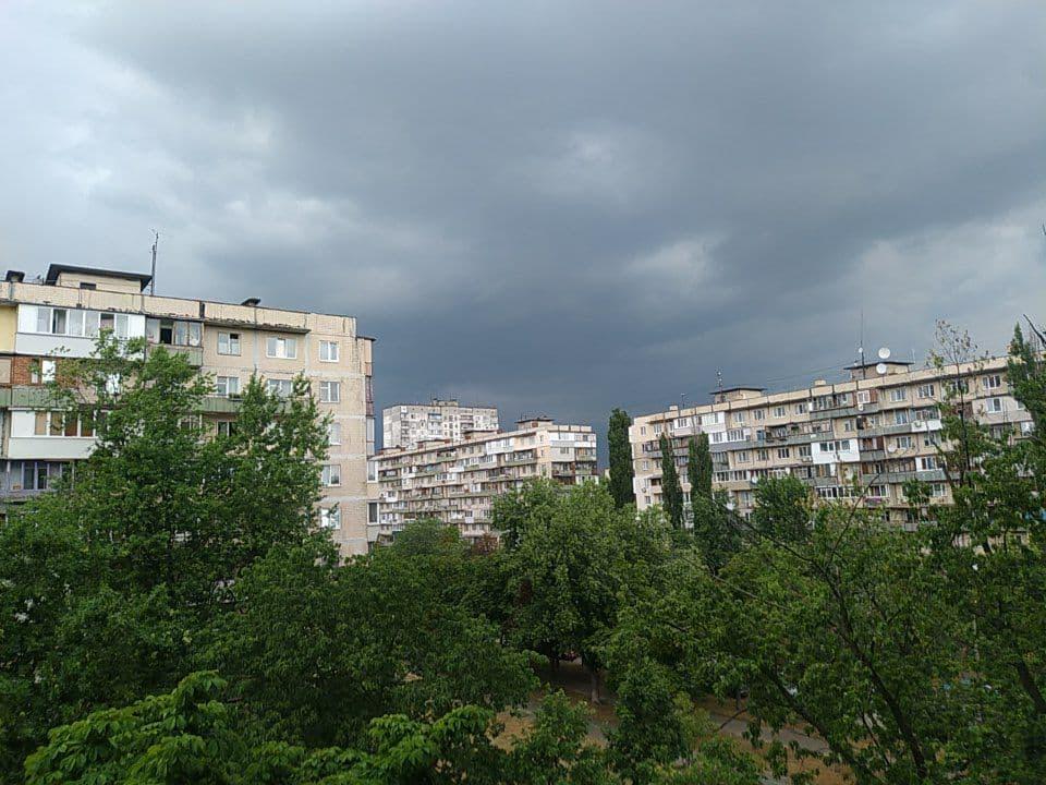Ливень в Киеве. Фото: УНИАН