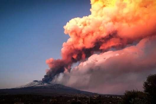 Вулкан Этна. Фото: Rai News