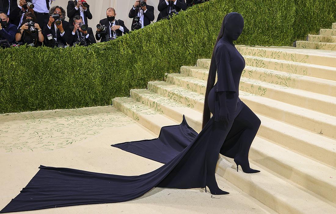 Бал. Фото: Vogue