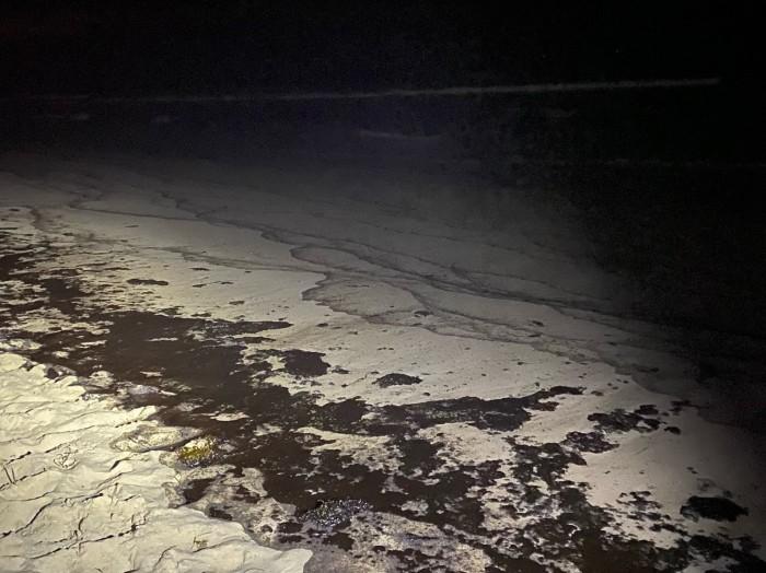 Последствия разлива нефти возле Калифорнии, фото: Supervisor Katrina Foley