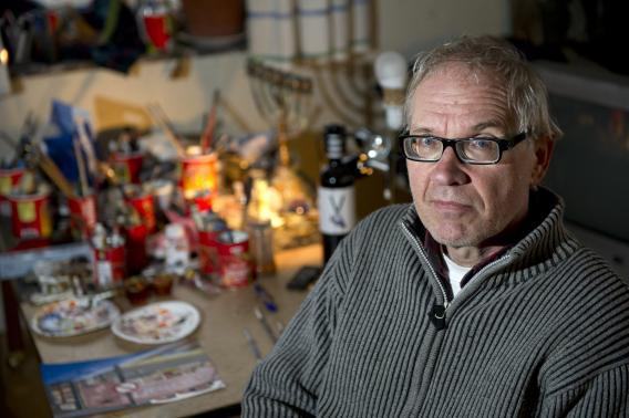 Шведский карикатурист Ларс Вилкс получал смертельные угрозы из-за своих рисунков. Фото Reuters