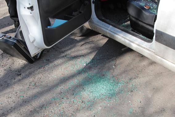 В Ровном стреляли сегодня утром из пневматического оружия. Фото пресс-службы милиции