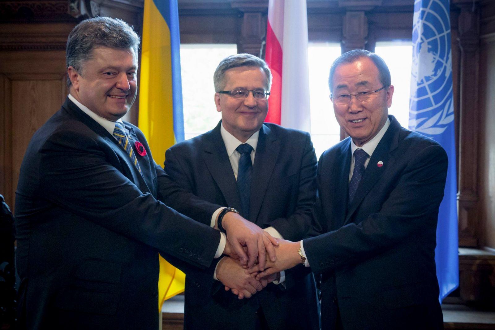 Президент Украины находится в Польше с официальным визитом по случаю 70-й годовщины победы над нацизмом. Фото Facebook / Петр Порошенко