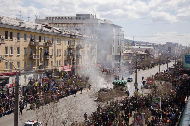 """Займання в двигуні ЗРК """"Бук"""" після параду в Читі підтвердили офіційно. Фото chita.ru"""