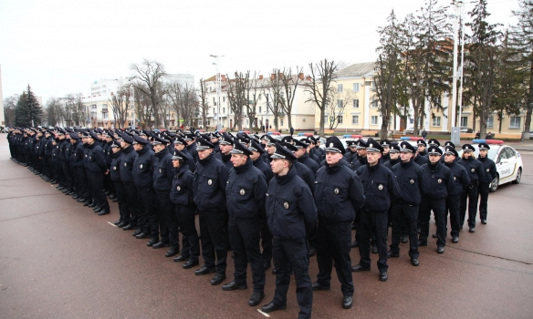 Аваков повідомив, щопатрульна поліція розпочала роботу вХмельницькому