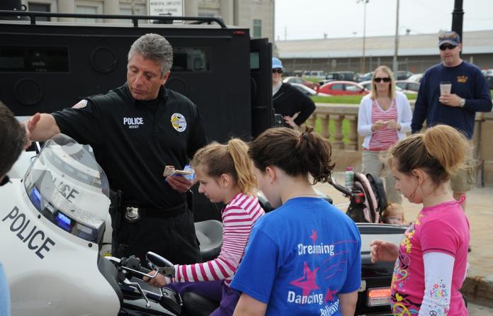community police and good schools essay