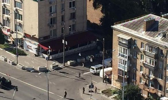 ВКиеве были слышны выстрелы ивзрывы: появились фото, видео