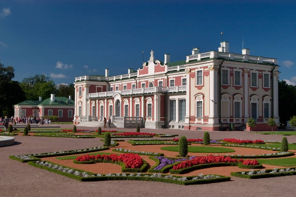 Президент Эстонии несобирается переезжать впрезидентский дворец