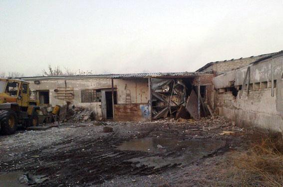 Милиция: ВЯсиноватском районе впроцессе обстрелов умер охранник учреждения
