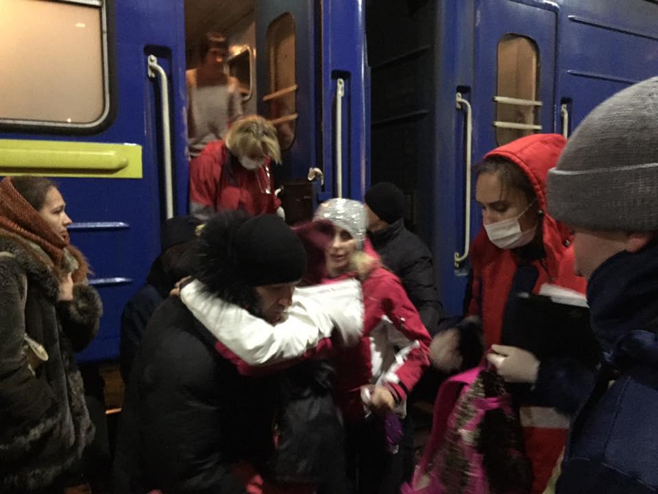 Массовое отравление: вКиеве споезда сняли детей