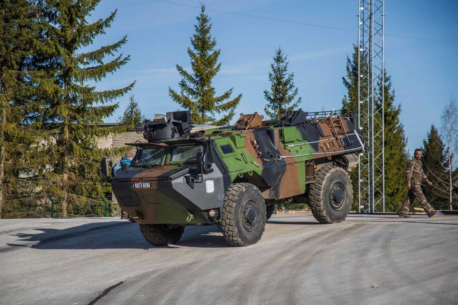 Французские танки вошли вЭстонию