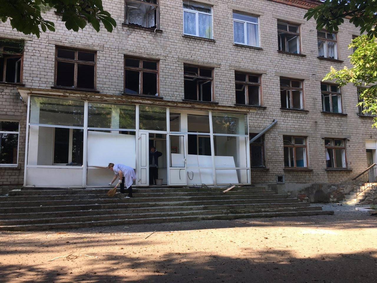 Украинские спецназовцы едут напомощь вКрасногоровку