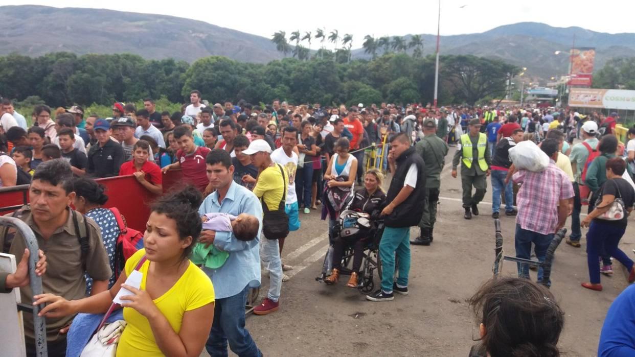 Руководитель МИД Венесуэлы обвинил оппозицию внамерении добиться обострения ситуации вгосударстве