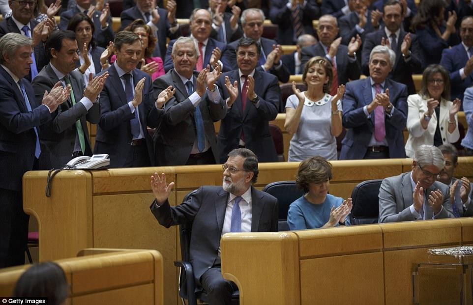 Премьер Испании настаивает нанаказании Каталонии занарушение конституции
