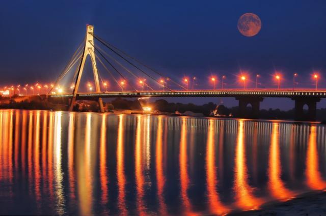 Московский мост вКиеве наконец-то переименуют