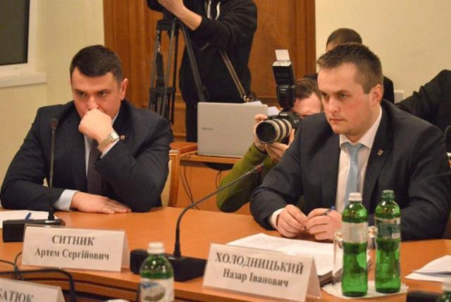 Коррупция либо безвиз сЕС? Коррупция— Киев