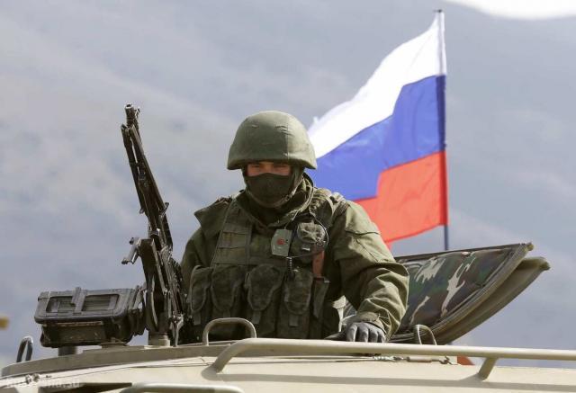 Русские офицеры изСЦКК вернулись в РФ