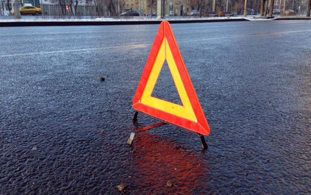 ВоЛьвовской области ВАЗ влетел вавтобус, пятеро пострадавших