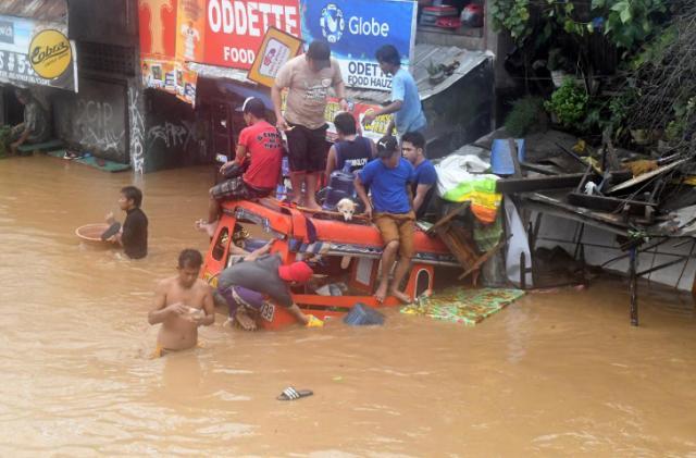 НаФилиппины обвалился тропический шторм, неменее 100 погибших