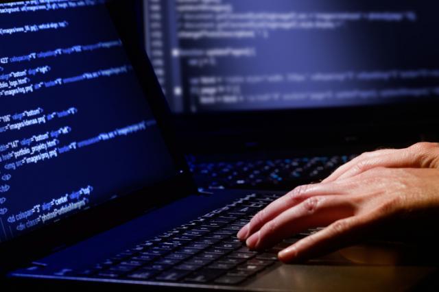 В социальных сетях киберполиция заблокировала больше тысячи «групп смерти»