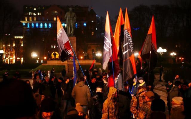 Киевские националисты устроили марш вгодовщину рождения Бандеры
