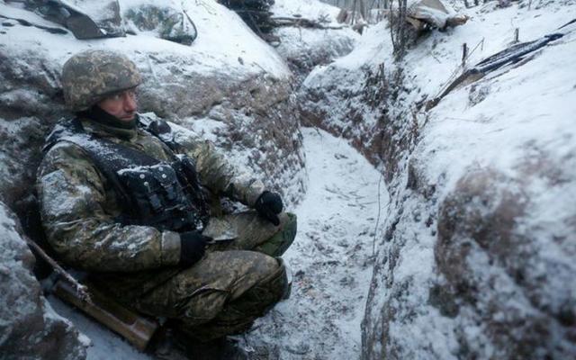 Уперший день 2018 року окупанти двічі обстріляли українських військових