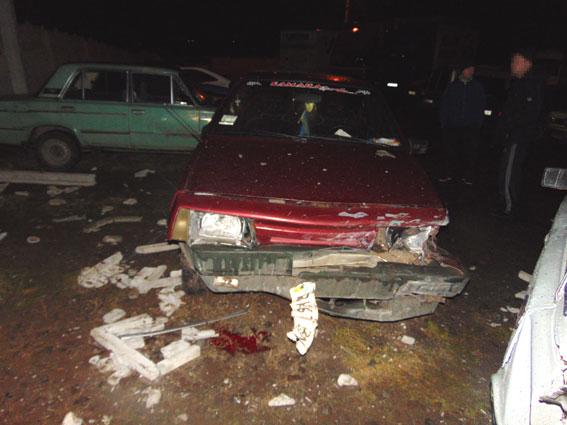 Из-за нетрезвого ДТП вРовно повреждения у25 авто и3 человек