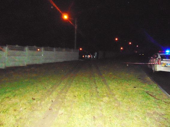 ВРовно нетрезвый шофёр Mercedes протаранил забор и поломал 25 авто