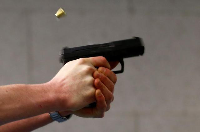 ВКиеве подстрелили владельца, который охранял собственный МАФ отдемонтажа
