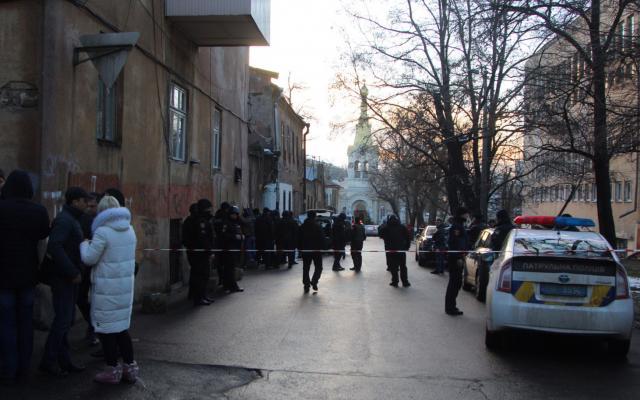 Убит уголовник, застреливший подельника иранивший полицейских